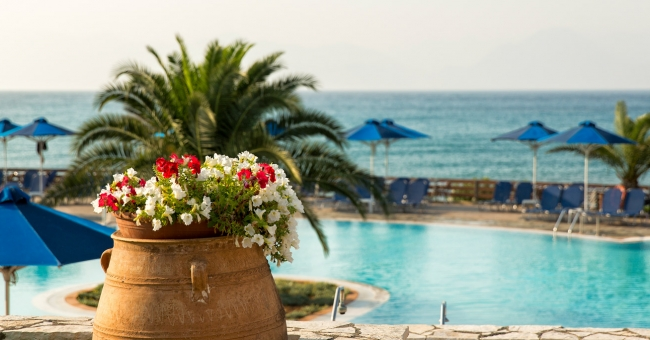 Великден на о-в Корфу,3 нощувки на база ALL INCLUSIVE в Mareblue Beach Resort 4*
