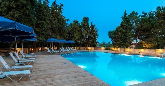Лято на остров Тасос, в Trypiti Hotel & Suites - 5 нощувки със закуски и вечери!!! Промо цена!
