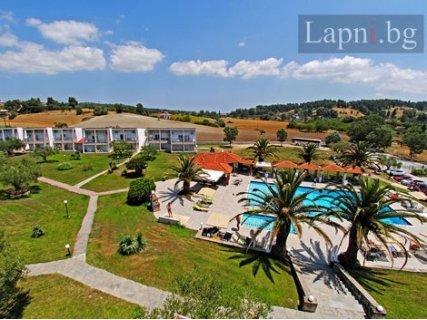 Гърция, ХАЛКИДИКИ, Iris Hotel Siviri 3+*: 3 Нощувки + Закуски и Вечери за 123 лв на ЧОВЕК или  3 Нощувки на база All Inc