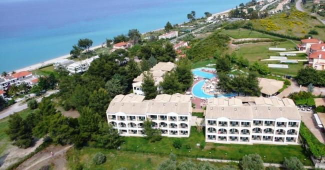 Лятна почивка на Касандра, Халкидики - хотел Lesse 4*, 5 нощувки със закуски и вечери, 1-6 юни на ПРОМО ЦЕНА!