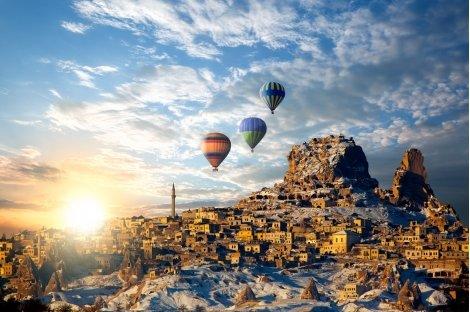 Майски и Септемврийски празници в Кападокия, Анкара и Истанбул! Автобусна екскурзия 7 дни / 5 нощувки със закуски и ВЕЧЕ