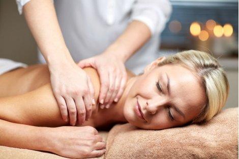 Лечебен масаж на цяло тяло + Тракция на главата -70 минути само за 19.90 лв. от Студио за Красота L STYLE