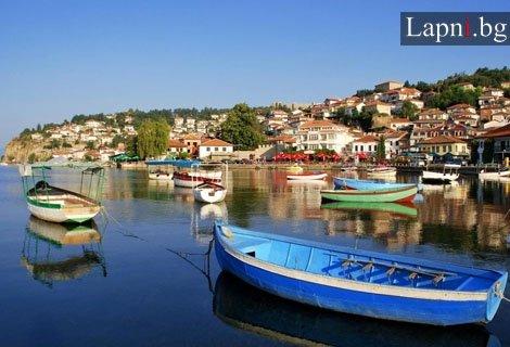 ПРОМО ЦЕНА! В Охрид на 22.09. – транспорт и екскурзовод, 2 нощувки + 2 закуски и 2 вечери + жива музика САМО за 160 лв н