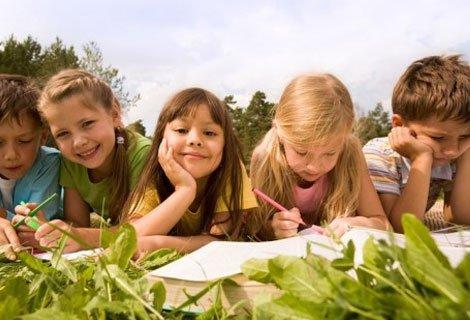 Синьо Лято! Целодневна Лятна Занималня за деца в Образователен център Лекси на цени от 15 лв. за Един Ден или Седмичен П