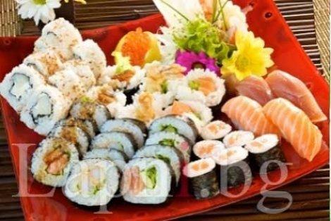 Убийствено вкусен Филаделфия Оушън сет от 30 СУШИ рулца от Sushi House само за 14.90 лв.!