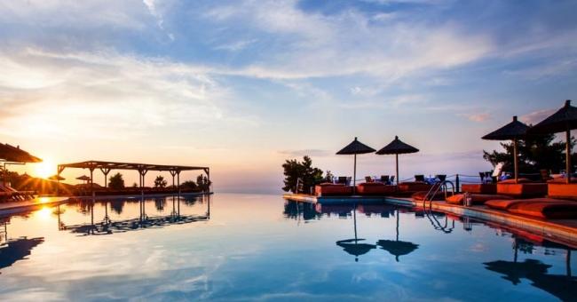 Мини почивка през септември в лукзозния Alia Palace Luxury Hotel and Villas 5* - 3 нощувки със закуски и вечери на изгод
