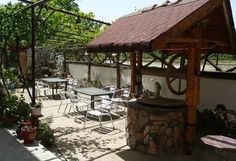 Къща за гости Кладенеца, село Иваново! Нощувка със закуска и ВЕЧЕРЯ само за 24,90 лв. на ЧОВЕК