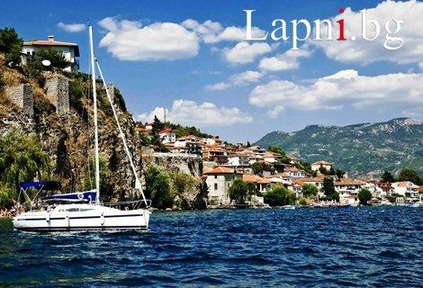 Почивка на Охридското езеро, с АВТОБУС! САМО за 279 лв.: Транспорт + 4 нощувки със Закуски и ВЕЧЕРИ в хотел 3* + Обиколк