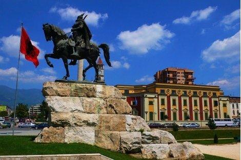 Септемврийски празници в Албания! Eкскурзия с автобус + 3 нощувки със закуски в хотел TE Stella 4* + Панорамна обиколка