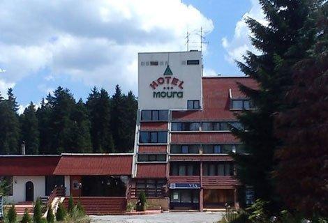Лятна почивка в БОРОВЕЦ, хотел МУРА 3*! Нощувка със закуска за 29 лв. или Нощувка със закуска + Вечеря за 37 лв. на Чове