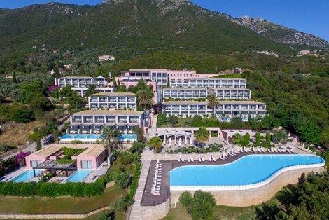 5-звездна НОВА ГОДИНА на остров Лефкада, Гърция с автобусен транспорт! 3 нощувки с включени закуски и вечери + празнична