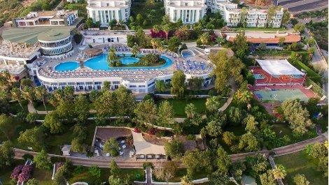 Късно Лято в Бодрум, хотел BODRUM HOLIDAY RESORT & SPA 5*: Автобусен транспорт + 7 нощувки ALL INCLUSIVE на цени от 490