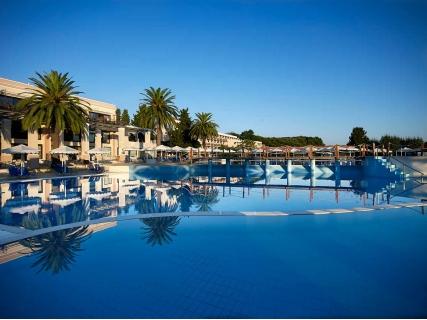 ХИТ ЦЕНА за ХИТ ХОТЕЛ! АВТОБУСНА ПОЧИВКА в КОРФУ! Транспорт + 7 нощувки на база all inclusive в Roda Beach Resort Spa 5*
