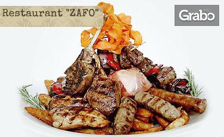 1.1кг плато сръбска скара! Ущипци, сръбски кебапчета, вешалица и домашни картофки