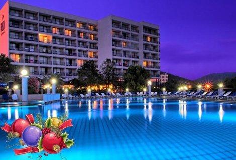 Нова година 2019 в КУШАДАСЪ! Автобусен транспорт + 4 нощувки на база All Inclusive в хотел TUSAN BEACH RESORT 5* за 377