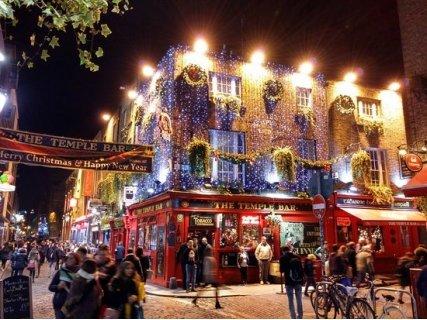 Дъблин - духът на ирландската Коледа! Самолетен билет + 4 нощувки със закуски в хотел