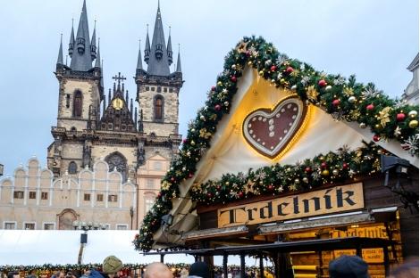Коледна приказка в Прага! Транспорт + 3 нощувки със закуски в хотели 3* + Вечеря на Бъдни Вечер + Еднодневна екскурзия д