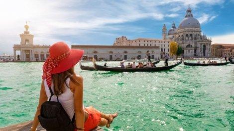 Екскурзия до Загреб, Верона, Милано, Ница, Kан, Монте Карло, Монако, Флоренция и Венеция- по време на Световния филмов ф