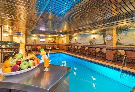 НОВА ГОДИНА в ИСТАНБУЛ, с автобус, хотел VATAN AZUR 4*: 2 нощувки със закуски + транспорт само за 129 лв. на ЧОВЕК + БОН