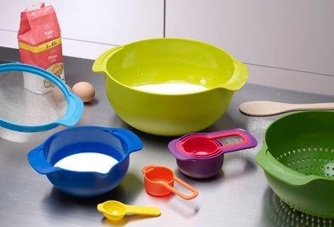 Лятото и all inclusive си отидоха! Хайде обратно в кухнята-:) Купи Компактен кухненски сет само за 9.90 лв.