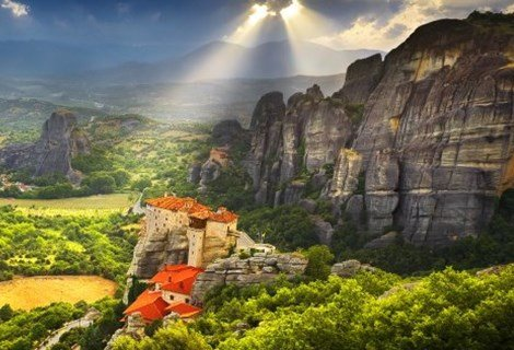 Великден в ГЪРЦИЯ - Солун и Метеора! Транспорт с автобус + 2 нощувки със закуски в хотел