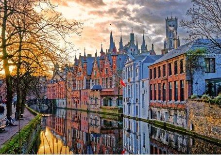 НОВО! БЕНЕЛЮКС - сърцето на Европа със САМОЛЕТ! 5 нощувки със закуски в хотели 3* + Туристическа програма в Брюксел, Амс