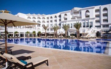 НОВО в Тунис 2019 г.! Самолетен билет за полет на Bulgaria Air + 7 нощувки в луксозния Radisson Blu Hammamet 4* на база