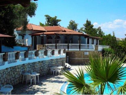 ЛЯТО 2019, Гърция, Касандра, Kassandra Bay Hotel 3* ! Нощувка със закуска и ВЕЧЕРЯ  само от 65 лв. За ДВАМА!