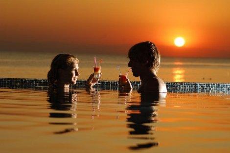 NEW Лято 2019, АЛАНИЯ - АНТАЛИЯ, хотел Aska Just In Beach 5*! Автобусен ТРАНСПОРТ + 7 нощувки на база ULTRA ALL INCLUSIV