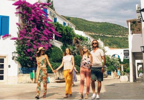 НОВО! Майска почивка на Будванската Ривиера: Транспорт + 5 нощувки със закуски и вечери в хотел Словенска плажа 3* за 55
