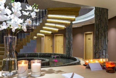 3 - ти Март до Рилския манастир, в луксозния хотел RILETS RESORT & SPA: ПАКЕТ от 2 нощувки със закуски и ВЕЧЕРИ само за