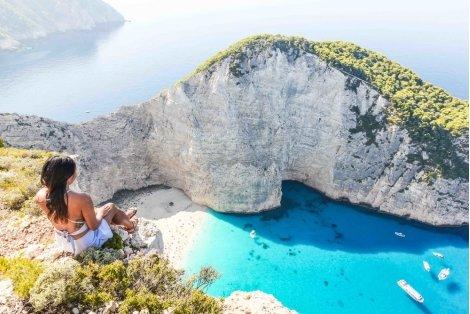Мини Почивка на остров ЗАКИНТОС! Транспорт + 4 нощувки със закуски в хотел 3* + Туристическа програма за 305 лв. на Човек