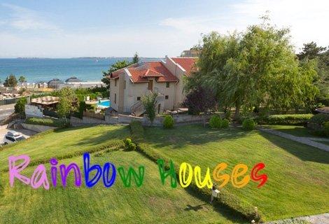 На МОРЕ в Свети Влас, Rainbow Houses, на 30 метра от брега: Нощувка в Двойна стая на цени от 19.50 лв. на Човек