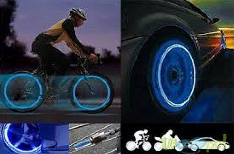 Дoбaвeтe нacтpoeниe нa пътя със светещи капачки за вентилите на автомобил или велосипед - 2 бр само за 1.99 лв или 4 бр за 2,99 лв в цвят по избор!