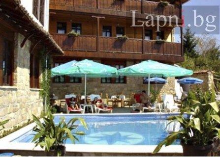 Почивка в АРБАНАСИ, хотел ПЕРЛА: Нощувка със Закуска за 29.50 лв. или Закуска и ВЕЧЕРЯ + Чаша Вино САМО за 39 лв. на ЧОВЕК