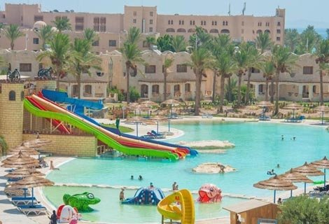 ХИТ ЦЕНА! Египет, ROYAL LAGOONS AQUA PARK RESORT HURGHADA 5 *: Чартърен Полет с трансфери + 7 нощувки на база ALL INCLUSIVE на цени от 460 лв. на ЧОВЕК!