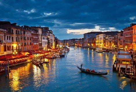 КЛАСИЧЕСКА ИТАЛИЯ с автобус: 5 нощувки със закуски в хотели 3* + Обиколка на Венеция, Болоня, Рим, Сиена, Пиза,  Монтекатини Терме, Флоренция и др. на цена от 739 лв. на ЧОВЕК