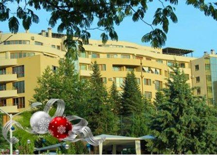 НОВА ГОДИНА в Сандански, Семеен хотел Ботаника 3*: ПАКЕТ от 3 Нощувки със закуски и ПРАЗНИЧНА ВЕЧЕРЯ само за 235 лв. на ЧОВЕК!