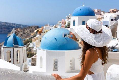 НОВА ПРОГРАМА на ЦЕНА - МЕЧТА! Санторини! Чартърен полет + 5 нощувки със закуски в хотел 3*/4* по избор + Панорамна обиколка на Атина + Фериботни такси за 679 лв.