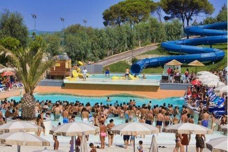 СИЦИЛИЯ през 2020 г., хотел Costa Verde 4* с АКВАПАРК: ЧАРТЪРЕН полет + 7 нощувки, закуски и вечери с напитки за 1040 лв на Човек!