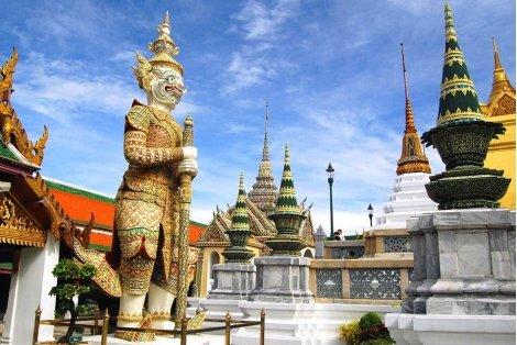 ТАЙЛАНД - БАНКОК и Пукет! Самолетен билет + 11 нощувки със закуски в Банкок и Пукет + Богата туристическа програма  за 2370 лв.