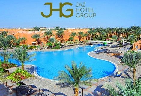 -50% VIP LUX, Египет: Чартърен Полет с трансфери +  Нощувка със закуска и вечеря в Мövenpick Hotel & Сasino Сairo 5* + Екскурзия до Пирамидите + Обяд на корабче на НИЛ + 6 нощувки на база ALL INCLUSIVE в JAZ MAKADI OASIS RESORT & CLUB 5* само