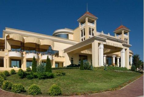 Лято 2020 в хотел BELLEVILLE 4*, ДЮНИ: Нощувка на база ALL INCLUSIVE на цена от 97 лв. на ЧОВЕК!