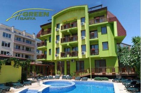 Делничен отдих в Хисаря, Семеен хотел Грийн 3*: 2 Нощувки със закуска + Релакс център за 150 лв. за Двама + Басейн!