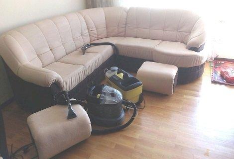 ПРОФЕСИОНАЛНО Пране на мека мебел до 10 седящи места на цени от 38.90 лева от КИМИ!