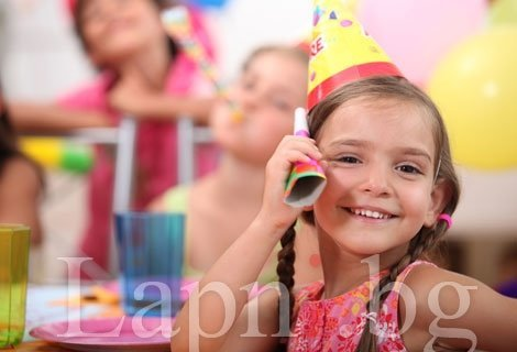 Професионални снимки за празника на Вашето дете! Заснемане на детски рожден ден в рамките на 2 часа + Професионална обработкана всички кадри + Ретуш на избран брой кадри само за 79 лв. от Фото Чакъров