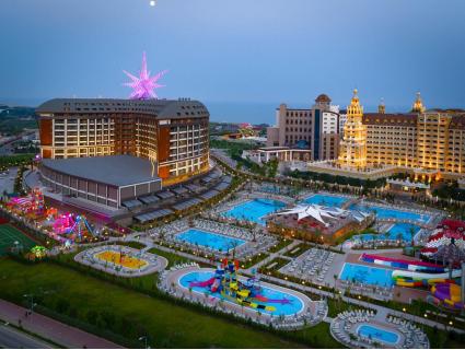 Нова година в ТУРЦИЯ, АНТАЛИЯ, в най-добрите хотели! Чартърен полет + 4 нощувки All Inclusive в хотел 5* по избор на цени от 732 лв.!
