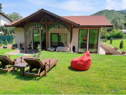 ЛУКСОЗНА къща за гости МАЯ, близо до София! Нощувка за до 6 човека само за 170 лв.