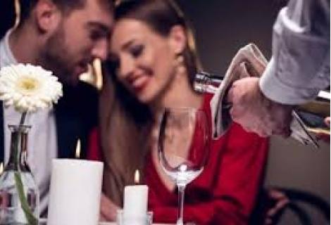Свети Валентин в Разлог/Банско, ХОТЕЛ АСПЕН РИЗОРТ ! 2 нощувки в Студио + 2 Закуски + Празнична Вечеря  за 95 лв. на Човек + Закрит отопляем БАСЕЙН и СПА